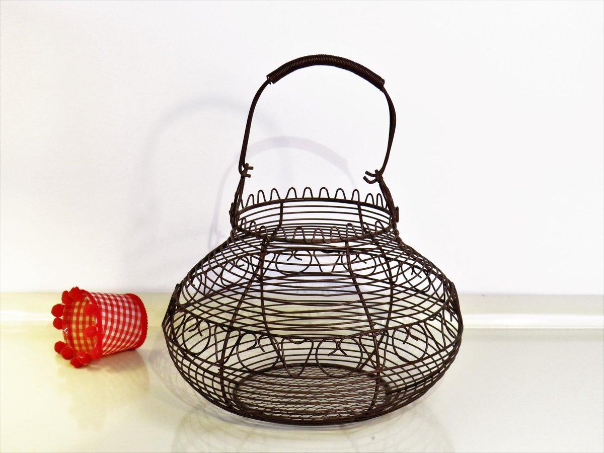 Vintage Egg Basket Wire Authentic Metal Egg Basket With Hearts, Farmhouse Kitchen Decor, Home Decor, France, 50s  #BlackFriday #MyNewTag #Retro #covid-19 #Wedding #Christmas #FREESHIPPING #Vintage #CYBERSALE #BasketsBowls