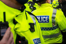 A man has been detained following an incident involving a knife in Royal Wootton Bassett  Read More on this:   #BREAKING,ROYAL WOOTTON BASSETT,#WIL...