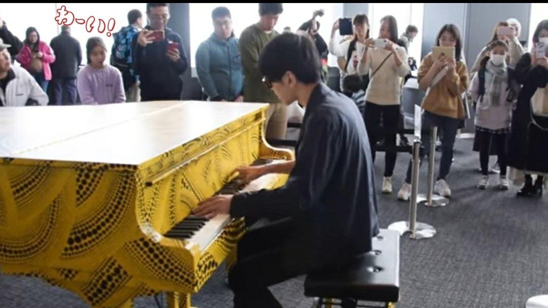 【目指せ!ミリオン】countdown【都庁ピアノ】「初音ミクの消失」を弾いてみた byよみぃ1/18現在999,099回以上再生🎋よみぃさんのダイナミックな演奏圧巻です。#見届け隊#よみぃさん全力応援中