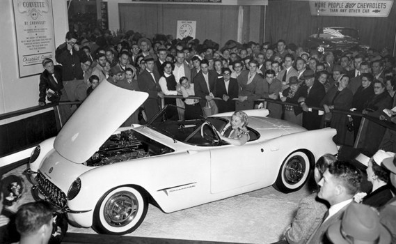 This Day in Automotive History 1/17/1953: The Corvette prototype makes its debut at GM's Motorama auto show in New York.  1956: Ford common stock goes on sale.  1998: A section of Memphis' Highway 51 South was renamed Elvis Presley Boulevard. https://t.co/0JMOrM0Eks