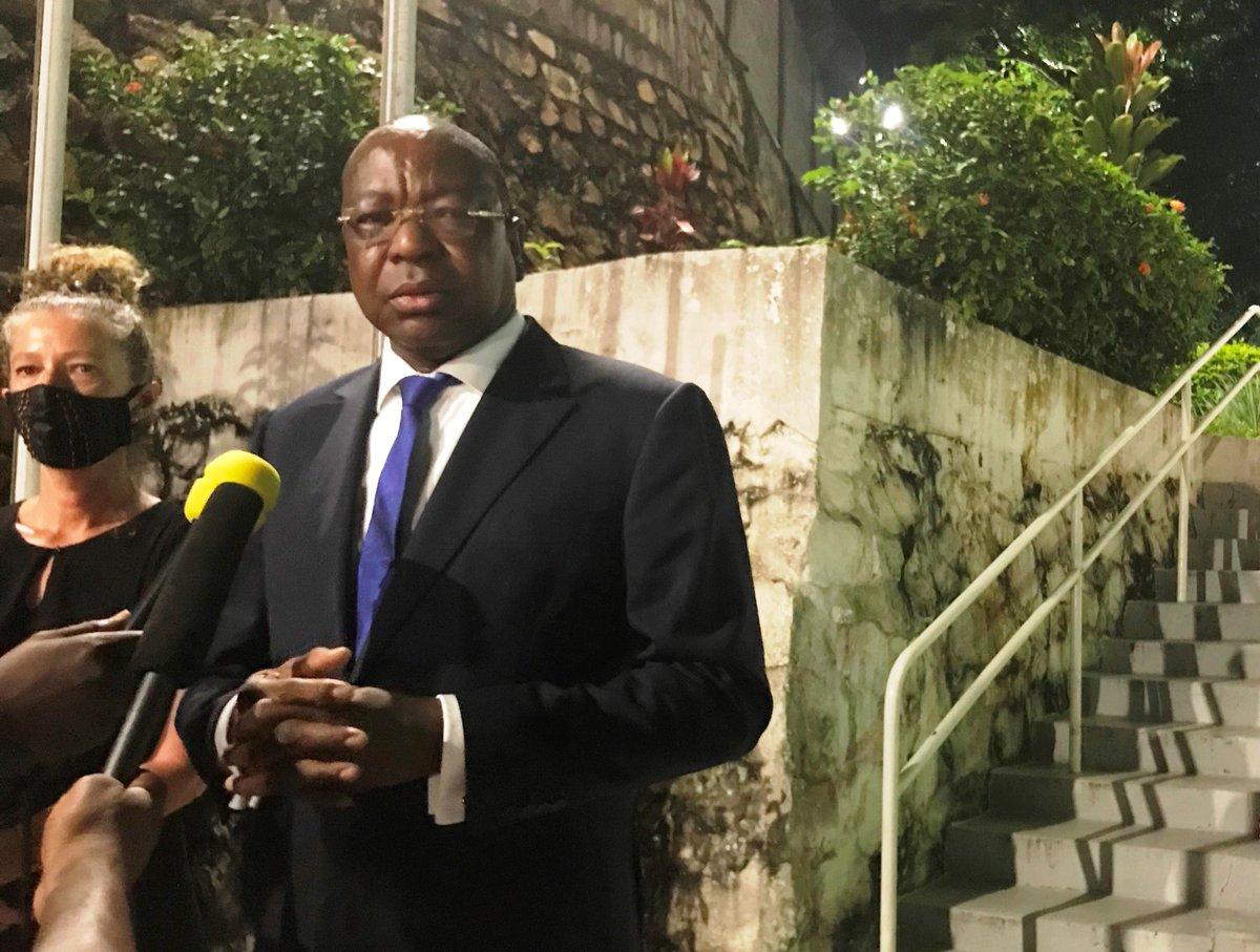 Le Représentant spécial du Secrétaire général de l'ONU en #RCA @ndiayemankeur reste concentré sur sa mission, celle d'exécuter le mandat de la #MINUSCA en appui aux efforts des autorités nationales et avec le soutien total et sans réserve aucune de la communauté internationale