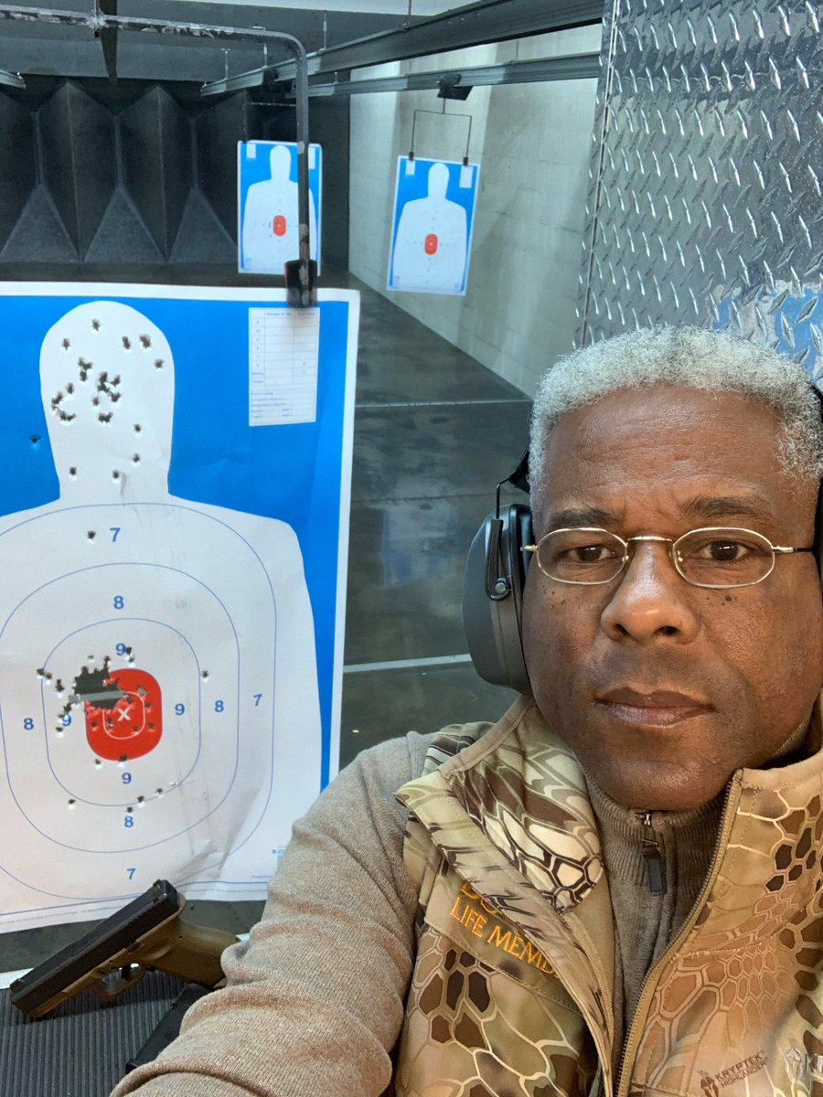 I'm one of those Americans that clings to God & guns. Glock 19 9mm at 7-10 yards. I'm improving my left drift, all in grip & trigger finger position. Ain't down w/being deprogrammed/re-educated. That dawg don't hunt, have a blessed Sun. Cheering for Chiefs & Saints. Molon Labe.