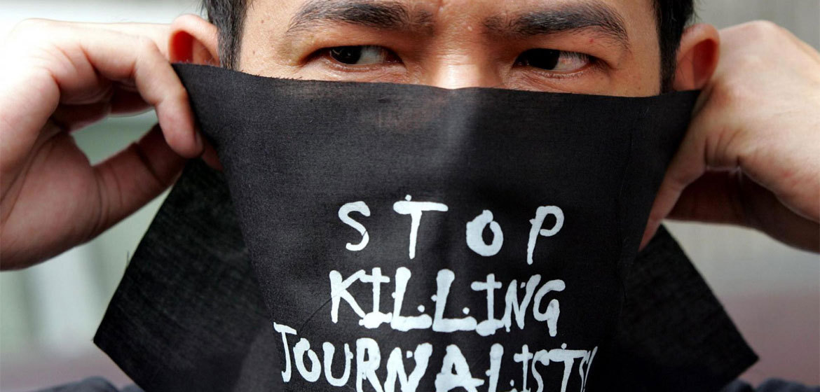 For too many journalists telling the truth comes at a price.  As the #COVID19 pandemic has caused a surge in misinformation, a free & fact-based press is essential & needs to be protected.  More from @UN_News_Centre: