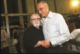 Querido Jô Soares: parabéns e muitas felicidades por seus 83 anos ontem e por sua extraordinária contribuição como exímio entrevistador, dramaturgo, artista, comediante, escritor que deu tão importantes contribuições a nós brasileiros.