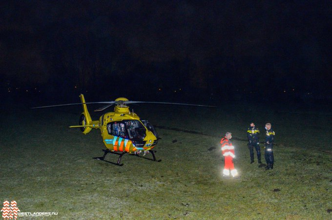 Traumahelikopter naar de Kluisweer https://t.co/wATeWvGKww https://t.co/lwxD46Swmh