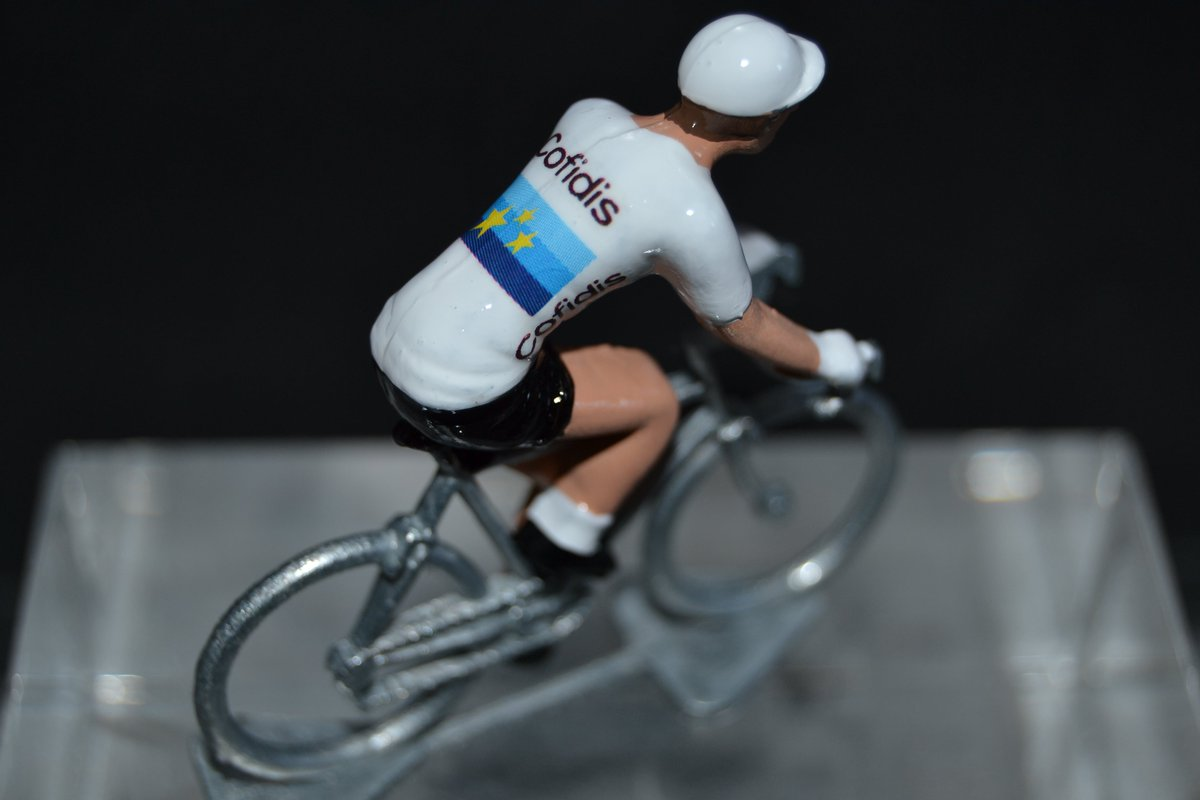 Elia Viviani, Champion d'Europe 2019-2020... By petit-cycliste : https://t.co/ipHoqABv9N  #TDF2021 #giro2020 #giro #voltaaportugal #voltaportugal2020 #lavuelta20 https://t.co/XHZnC35IOa