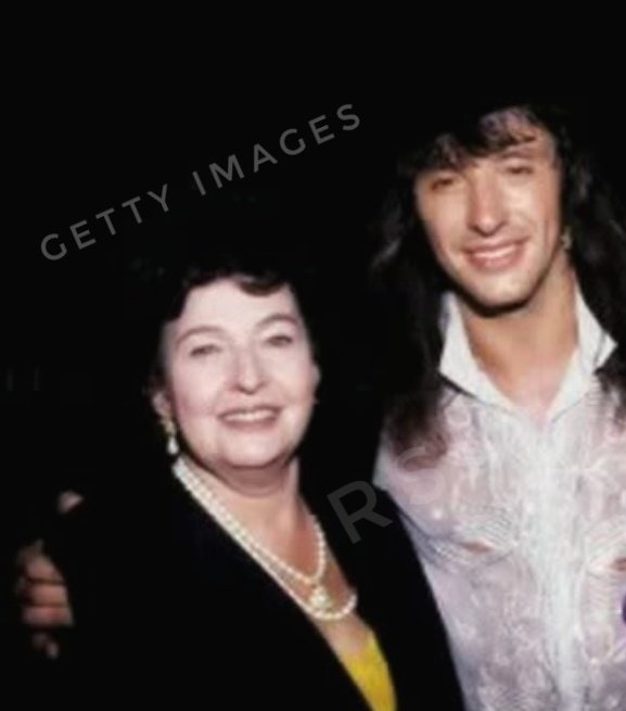Happy happy Birthday Mrs. Joan Sambora!  Beautiful mother of our @TheRealSambora.  We wish you good health and serenity.   With love,  All the fans of RichieSamboraItalia #RichieSamboraItalia #richiesambora #richiesamborafan #samboraforever #joansambora #mother #mum #birthday