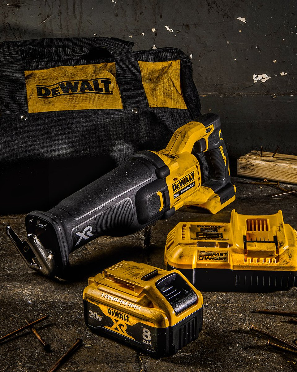 Smart power. With POWER DETECT™ Technology, your saws and grinders will recognize when paired with high-capacity batteries and adjust power accordingly. What job do you need more power for?