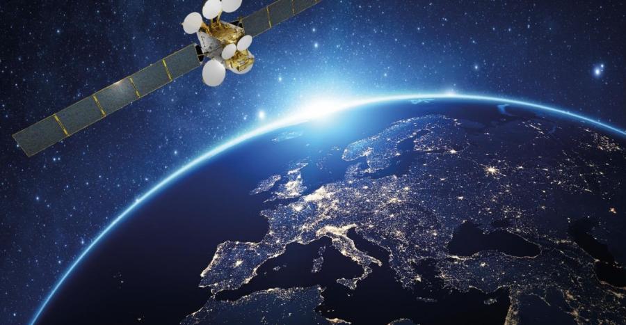 """• İstanbul Arel Üniversitesi Uluslararası İlişkiler Bölümü öğretim görevlisi Doç. Dr. İnci Sökmen Alaca(@asinci) yazdı: • """"Türkiye, yeni nesil uydularıyla uzay gücü olma yolunda"""" • Analiz:"""