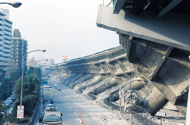 Not CG. This is what people awoke to      26 years ago after just 20 seconds of tremors. The Great Hanshin earthquake of January 17, 1995 https://t.co/WsAuURxZSo