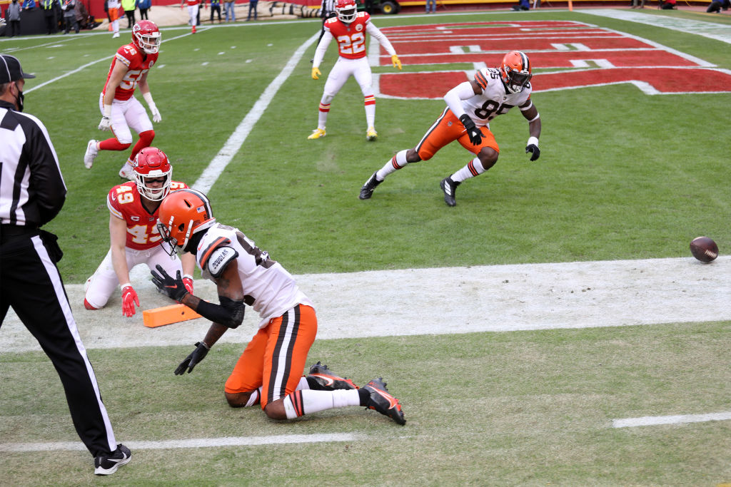 """Rashard Higgins' fumble at the 1 was the Browns 1st lost fumble in the playoffs inside the 10 yardline since Earnest Byner's in the 1987 AFC Championship game.   Known as """"The Fumble"""", Byner fumbled at the 1 with the Browns down 38-31 with 1:12 left in the game.  h/t @EliasSports"""