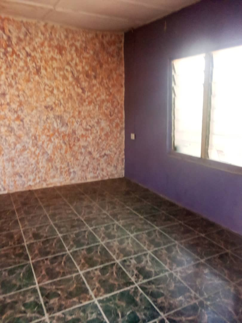 Spacious room selfcon at langwa Kufang with tiles and well water 100k  #realtorlife #realestateagent #home #property #forsale #realtorlife #investment #househunting #interiordesign #dreamhome #newhome  #luxuryrealestate #house #realty  #homesweethome #realestatelife