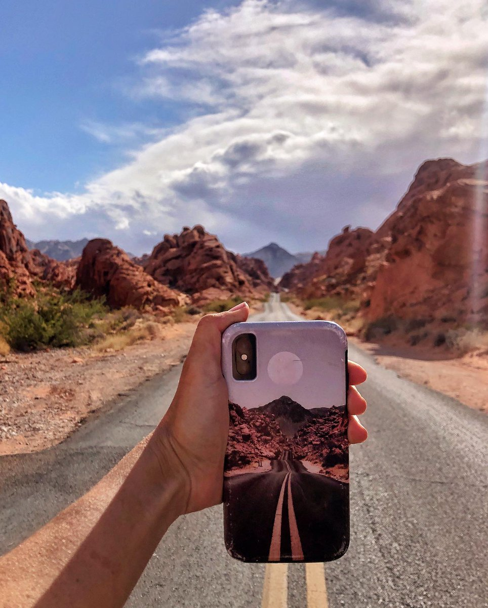 Phone case inception. 😳  😍  Road Red Moon phone case by: ArtPrInk PH Photo and quote by: Whitney Lewis (IG: whit.inthe.wild) https://t.co/iAhoD9CVBg