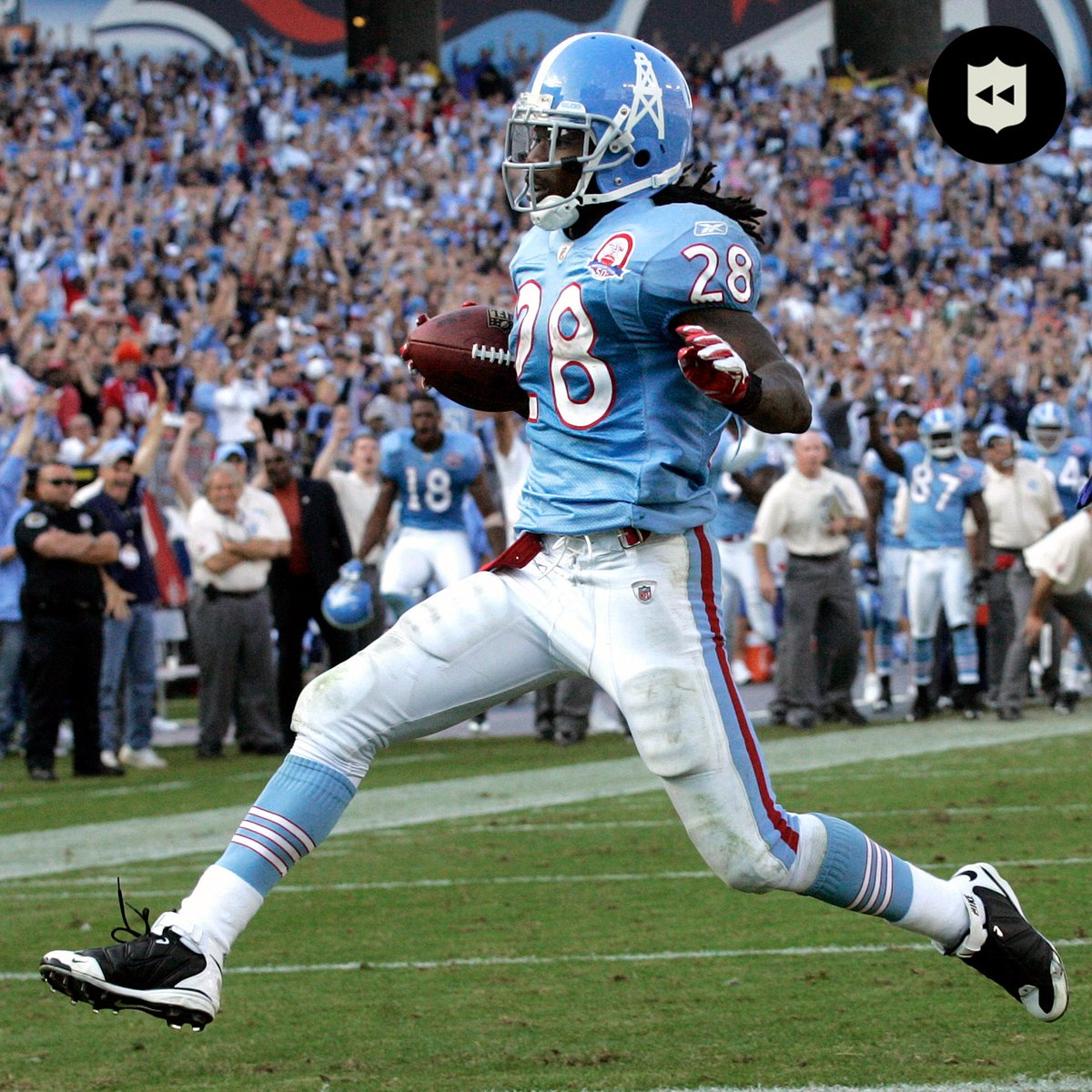 With @KingHenry_2 joining the 2K Club, you know we had to show you the year @ChrisJohnson28 became CJ2K. (2009)  📺: #BALvsTEN— Sunday 1:05pm ET on ESPN/ABC 📱: NFL app // Yahoo Sports app