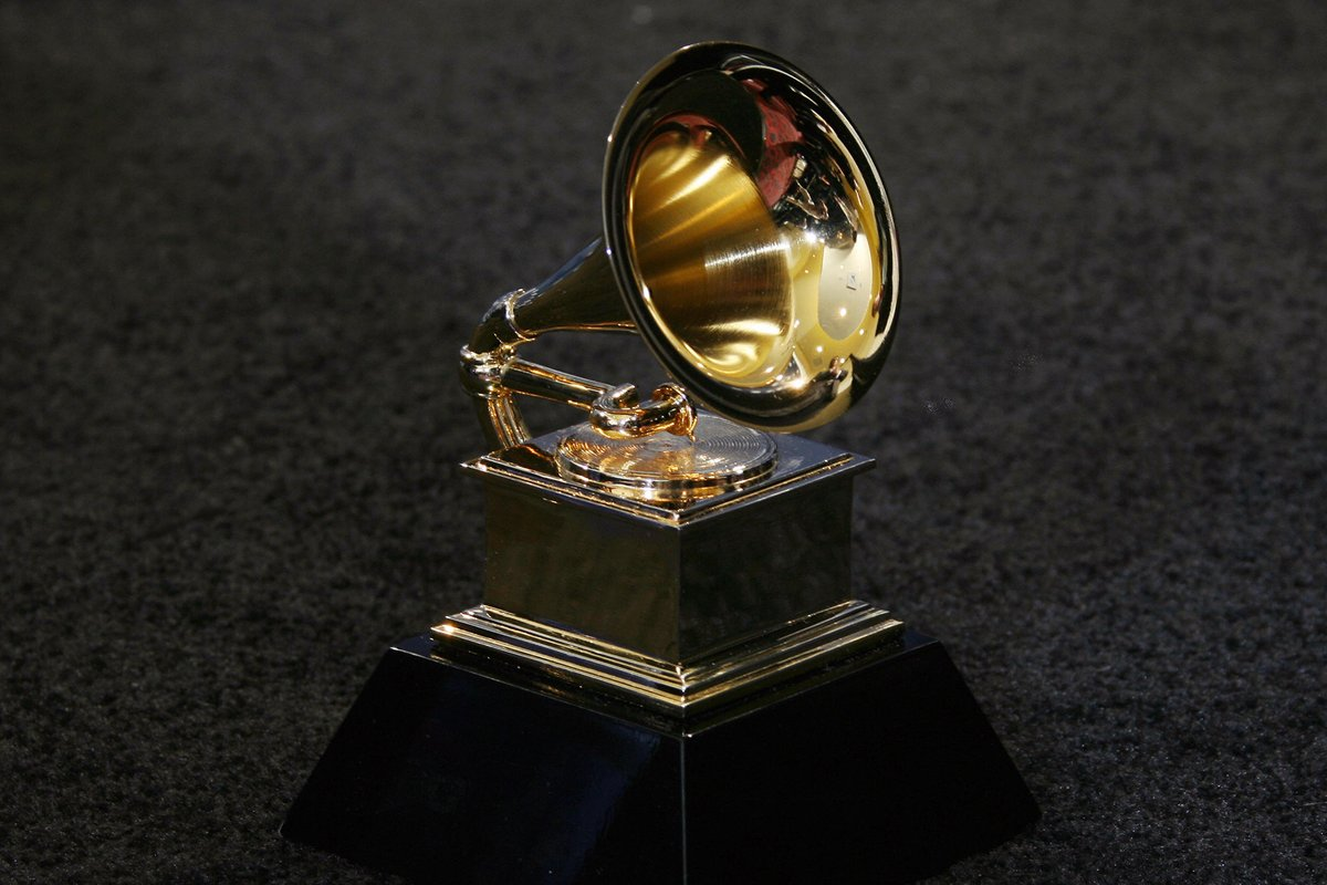 Update: #GRAMMYs now slated for March 14th (earlier release stated March 21st) https://t.co/9OeD1lPRZo https://t.co/KszRJblXMk