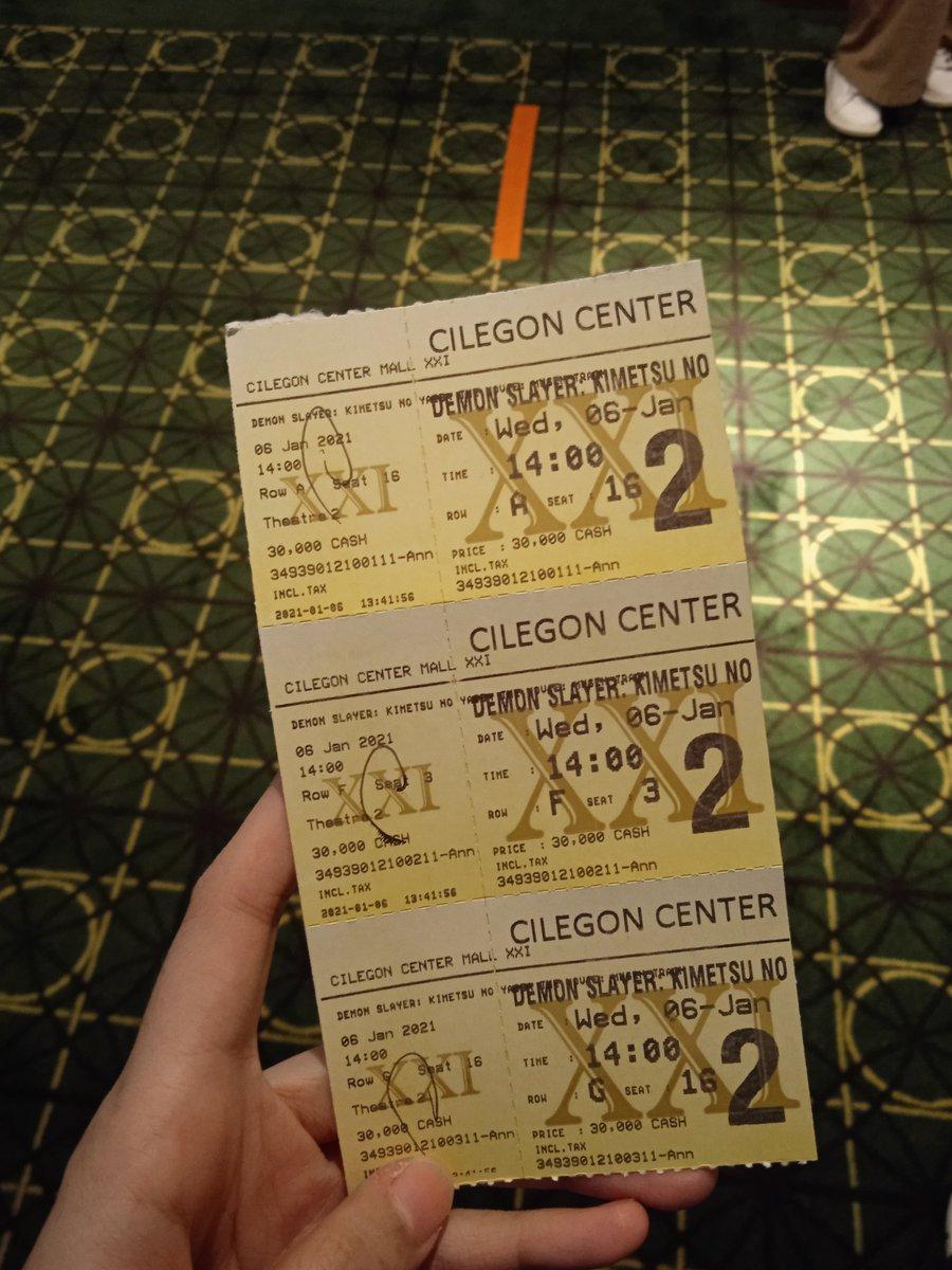 Thanks banget buat @cinema21 udah tayangin Kimetsu No Yaiba huhu ❤