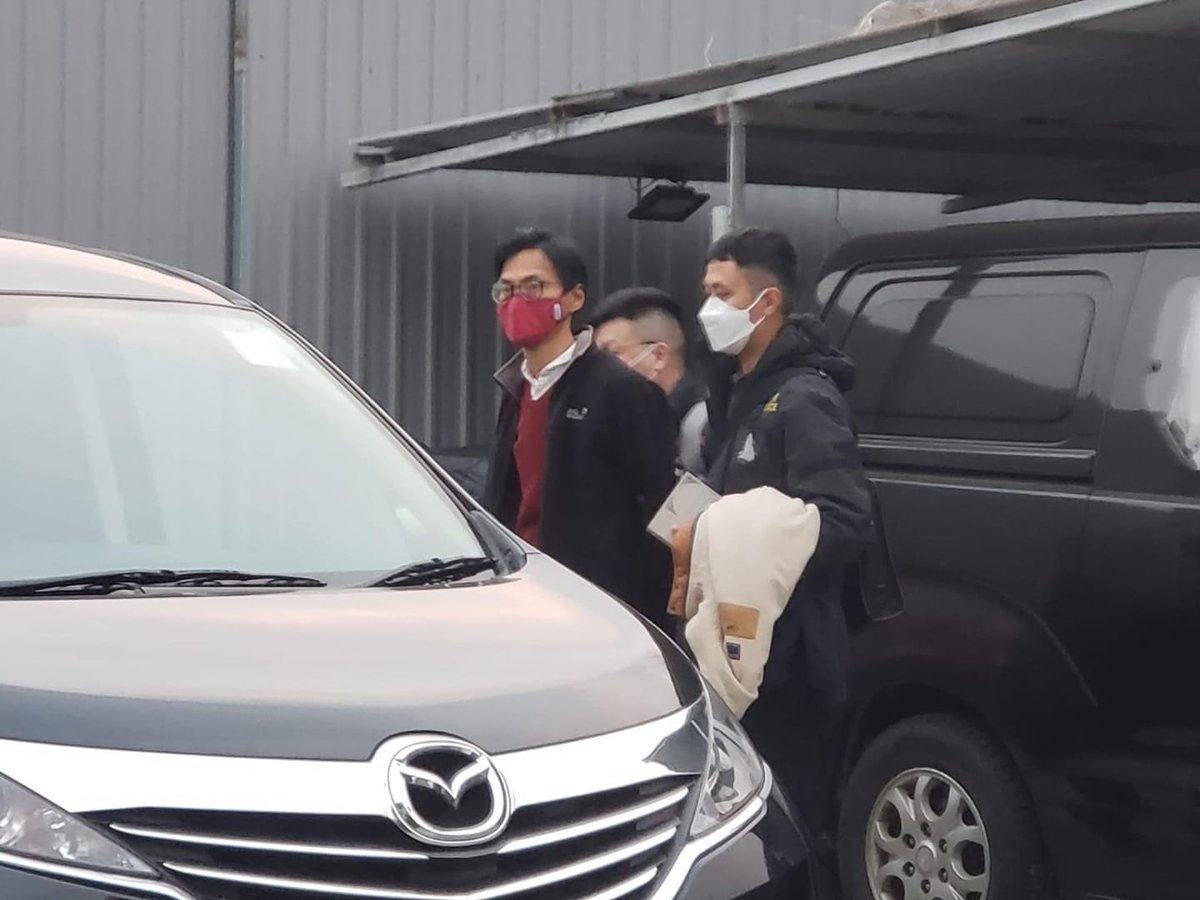 12:34 PM News update: Eddie is now detained at Tai Po Police Station for investigation (The photo shows the situation when he was taken away this morning) https://t.co/VKjaNNBDT4
