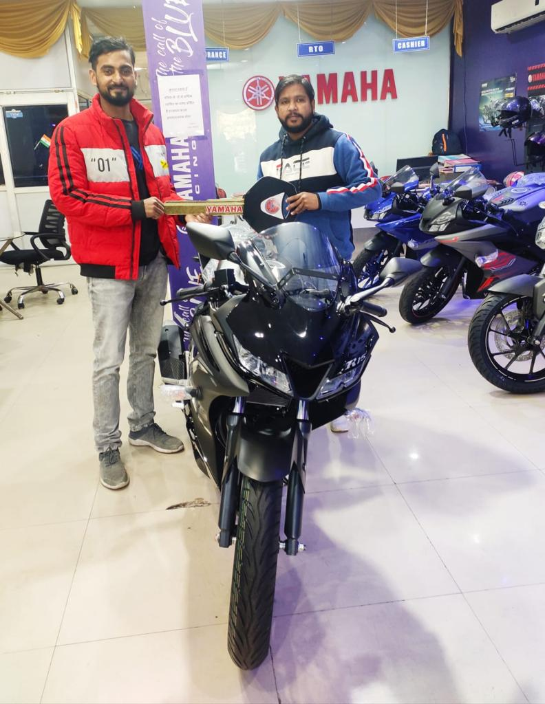 Thank you for your purchase Mr. Ashish and for being our valued customer. We hope you are happy with the purchase and your experience with us was awesome. Call Us:- +91 8874205737 #yamaha #wednesdaythought #yamahaluckow #bikelife #bike