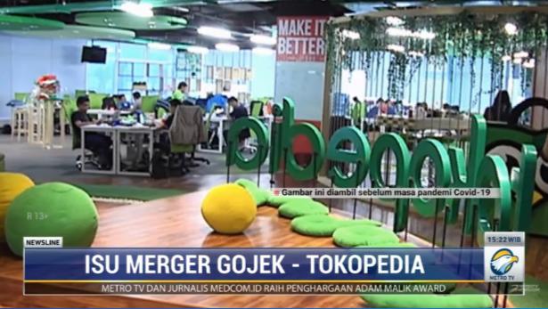 #NewslineMetroTV Penyedia jasa transportasi Gojek disebut tengah melakukan pembahasan untuk merger dengan Tokopedia. Dilansir Bloomberg, kedua perusahaan telah menanda tangani persyaratan terperinci untuk melakukan uji tuntas atas bisnisnya masing-masing.