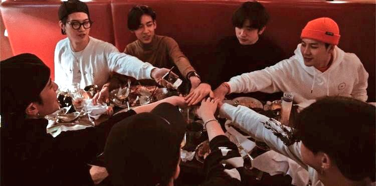 "Replying to @fanatic_got7_: "" One of the seven "" ❤❤❤❤❤❤❤  #AlwaysTrustGOT7 @GOT7Official #GOT7 #갓세븐"