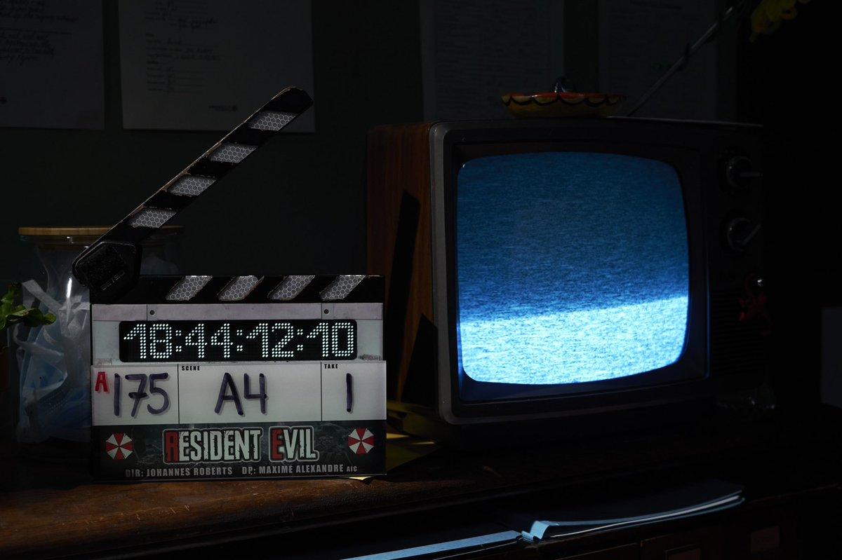 Yeay! Akhir tahun 2020 lalu, shooting di Racoon City udah beres! 🎬 Resident Evil, disutradarai oleh Johannes Roberts