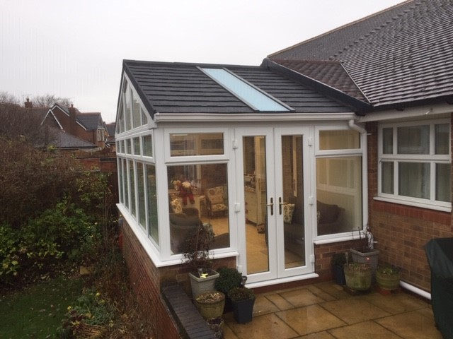 Although #Christmas has been and gone we wanted to share these recent photos from a customer in Mansfield - this conservatory looks like a very cosy space.