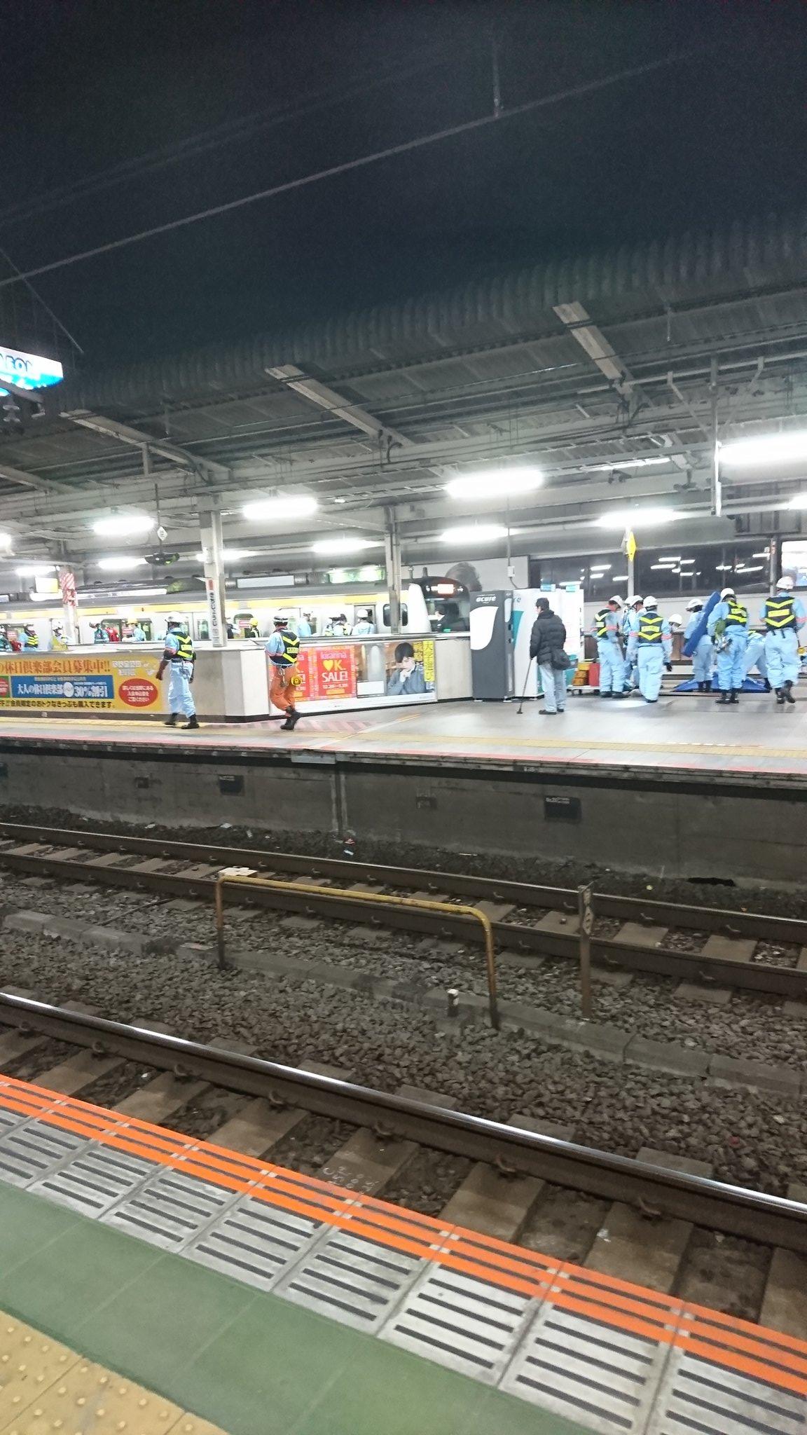 中央線の吉祥寺駅の人身事故現場の画像