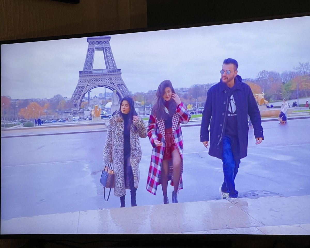 Finally watching #FabulousLivesofBollywoodWives and so far it's quite good. Seems family oriented so far but not sure if that's just the first episode to introduce the wives and their families