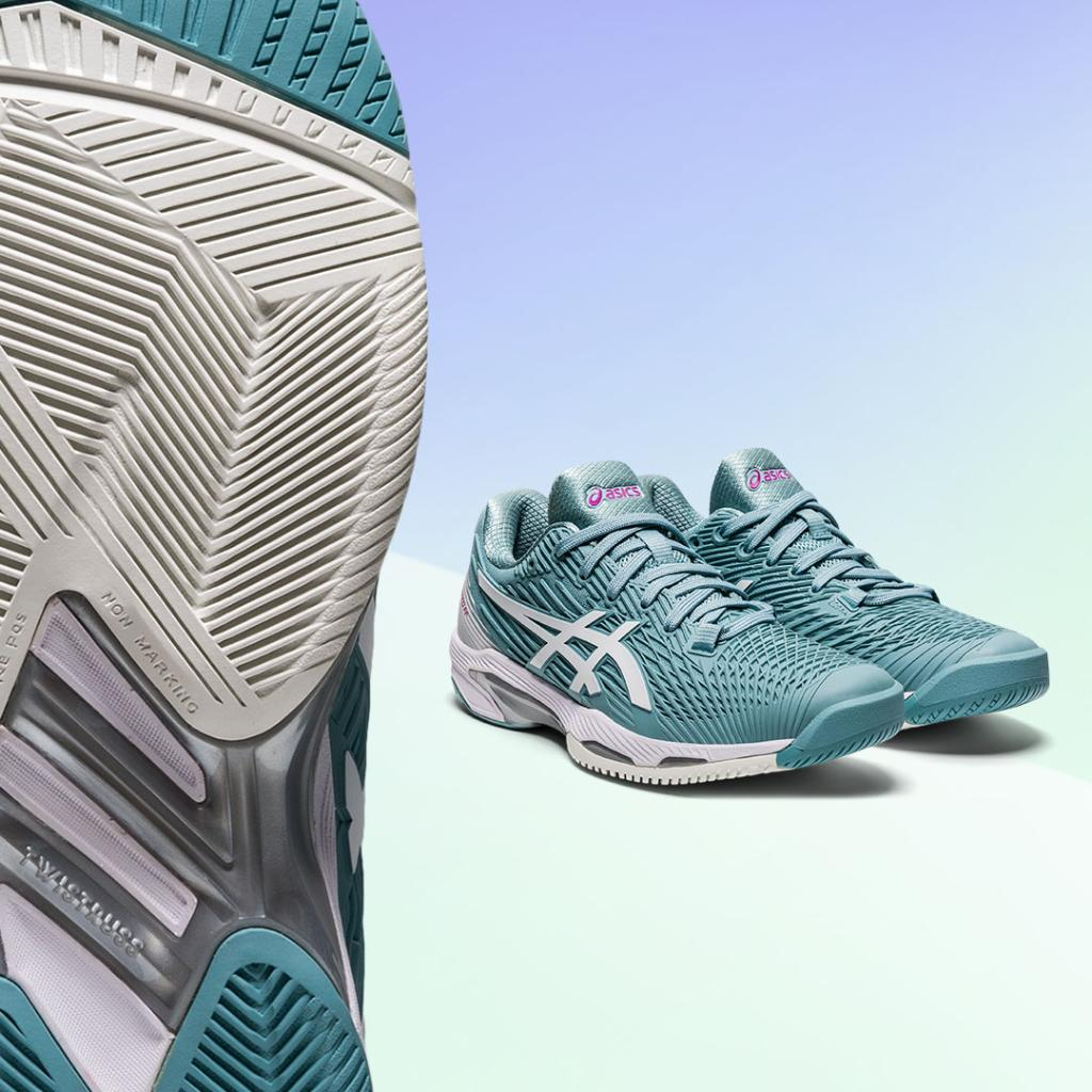 Want faster feet? 🔥  Lace up the SOLUTION SPEED™ FF 2 tennis shoe and discover a new way to cover the court.   Coming soon. Sign up to be notified. Women's Shoes: https://t.co/N8pQ2UmXo7 Men's Shoes: https://t.co/GnzX6P1cnr  #ASICSTennis #SOLUTIONSPEEDFF https://t.co/zQLUUfOsyl