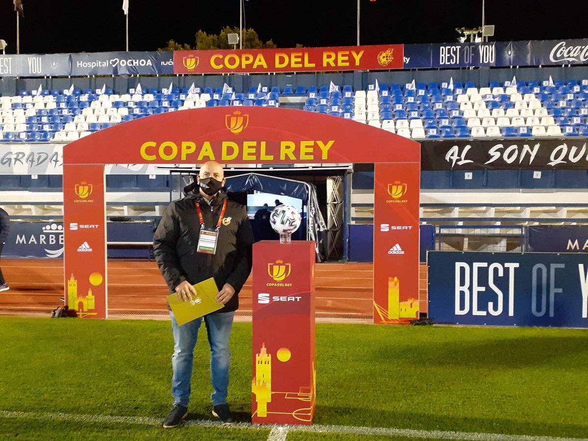 Buenos días, gran partido de Copa del Rey entre el Marbella  CF 2 - Real Valladolid 3 decidiéndose en la prórroga. Partido de los que hace este formato de copa inigualable.  🏆 #LaCopaMola   #SomosFederación #RFEF
