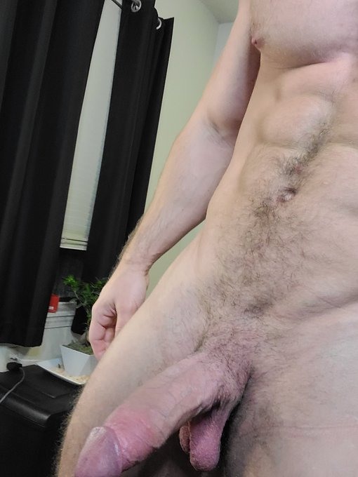 My cock is out of this world  https://t.co/Jrsrz13DAZ   #Area51 #onlyfans #daddy #bigdick #sexy #hugecock