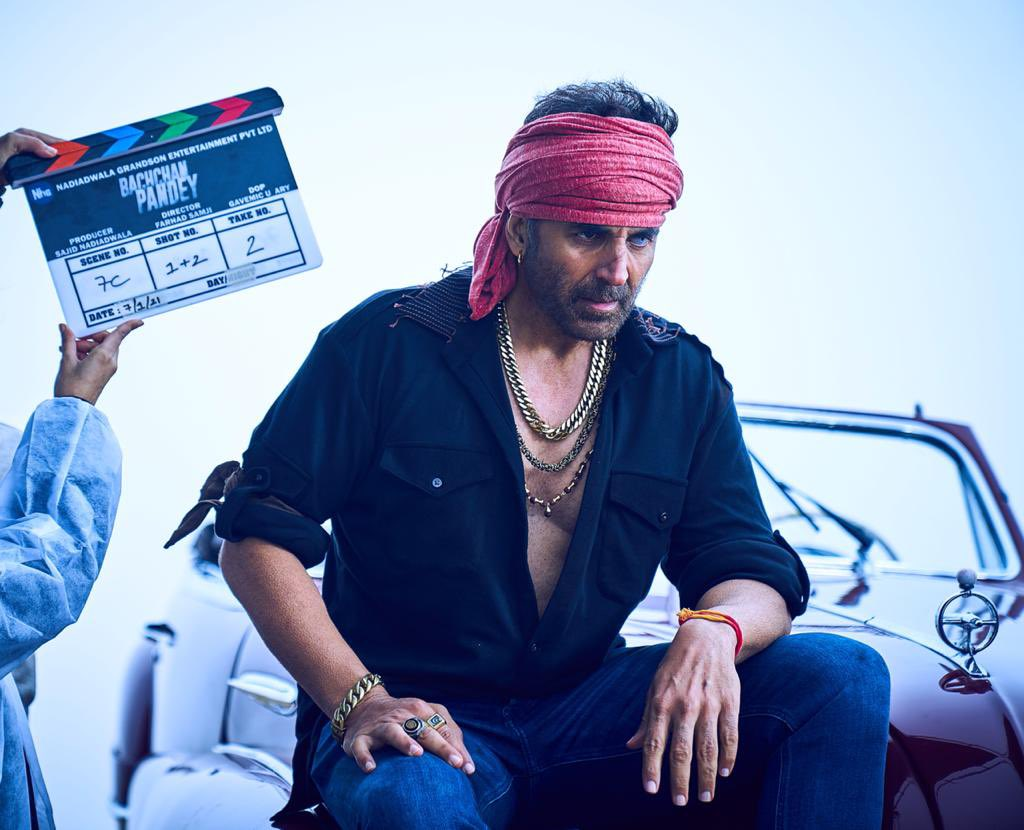 New year, old associations...begun shooting for #BachchanPandey, my 10th film with #SajidNadiadwala, and hopefully many more. Need your best wishes and do tell me your thoughts on the look.  @farhad_samji @kritisanon @Asli_Jacqueline @ArshadWarsi @NGEMovies