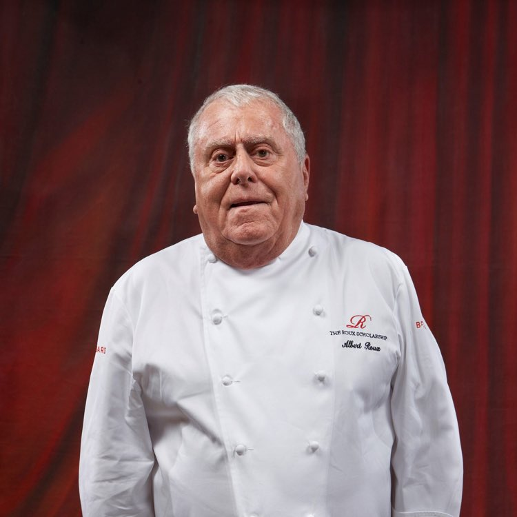 """Albert Roux whose Le Gavroche earned 3 Michelin stars now run by his son Michel Roux Jr, died aged 85. """"He was a mentor for so many people in the hospitality industry, and a real inspiration to budding chefs, including me."""" said his son Our deepest thoughts to his family. https://t.co/ZCd5IWRJti"""