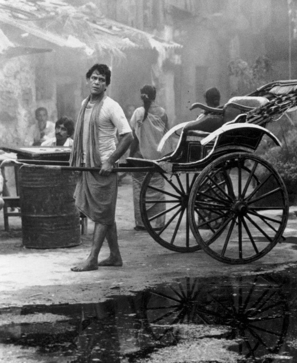 (1992) Om Puri in a still from the French-British Film 'City Of Joy'  . .  #instabollywood #instamelody #vintage #retro #bollywoodflashback #bollywoodclassics #bollywoodactors # #ompuri #cityofjoy  Follow @FilmcityWorld