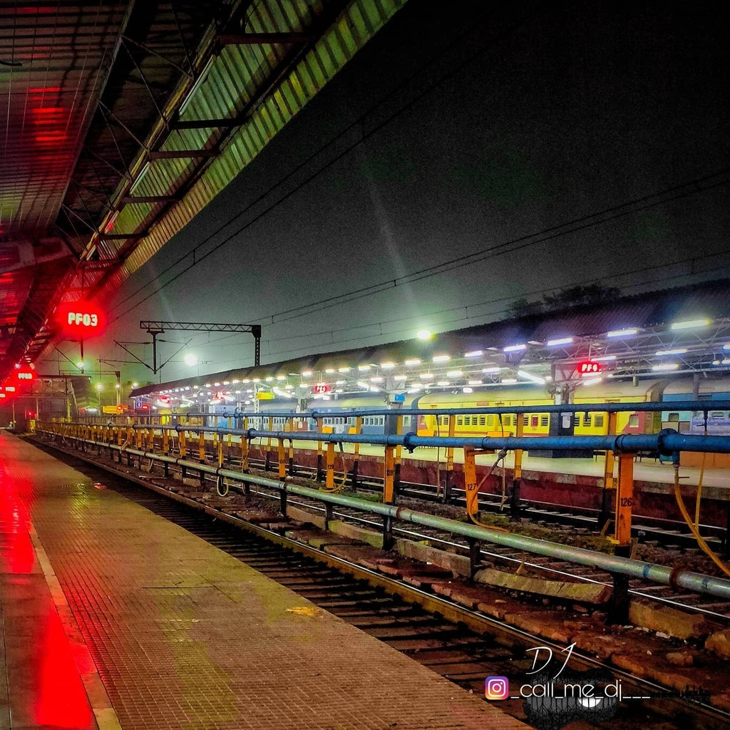 TaTa Nagar - Jamshedpur Station ❤️ . . #jamshedpur #tatanagarjunction #tatanagarrailwaystation #tatanagarcity #station #jharkhand #photooftheday #photoedition
