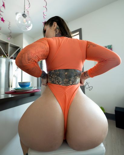 Vote for @OftenElleSales in the MV Awards for MV Booty of the Year @manyvids https://t.co/b9ILOKAl3c