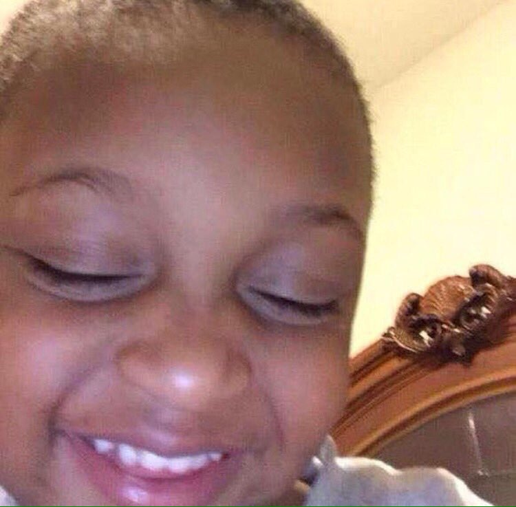 me watching y'all do the #BussItChallenge 😻 https://t.co/Rk3nd2r6g7