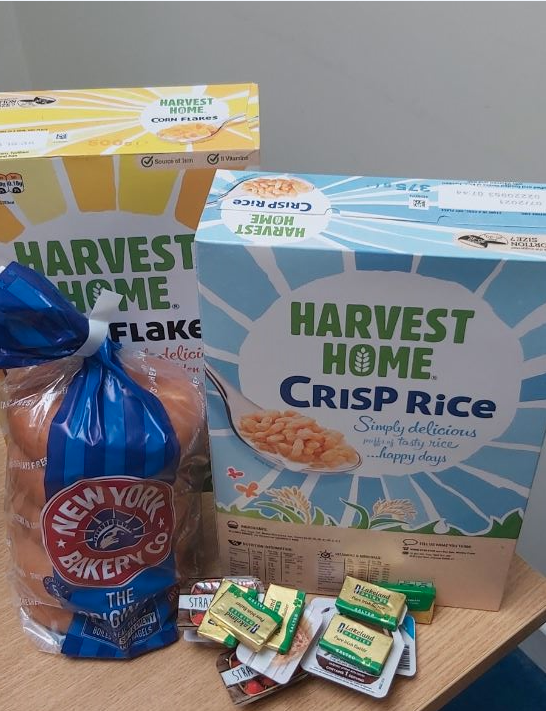 Don't forget breakfast packages can be collected from school reception from lunchtime today. The package includes two boxes of cereal, a pack of bagels and a selection of spreads for each child that requires them. @magic_breakfast #NSBP #keepingbreakfastgoing