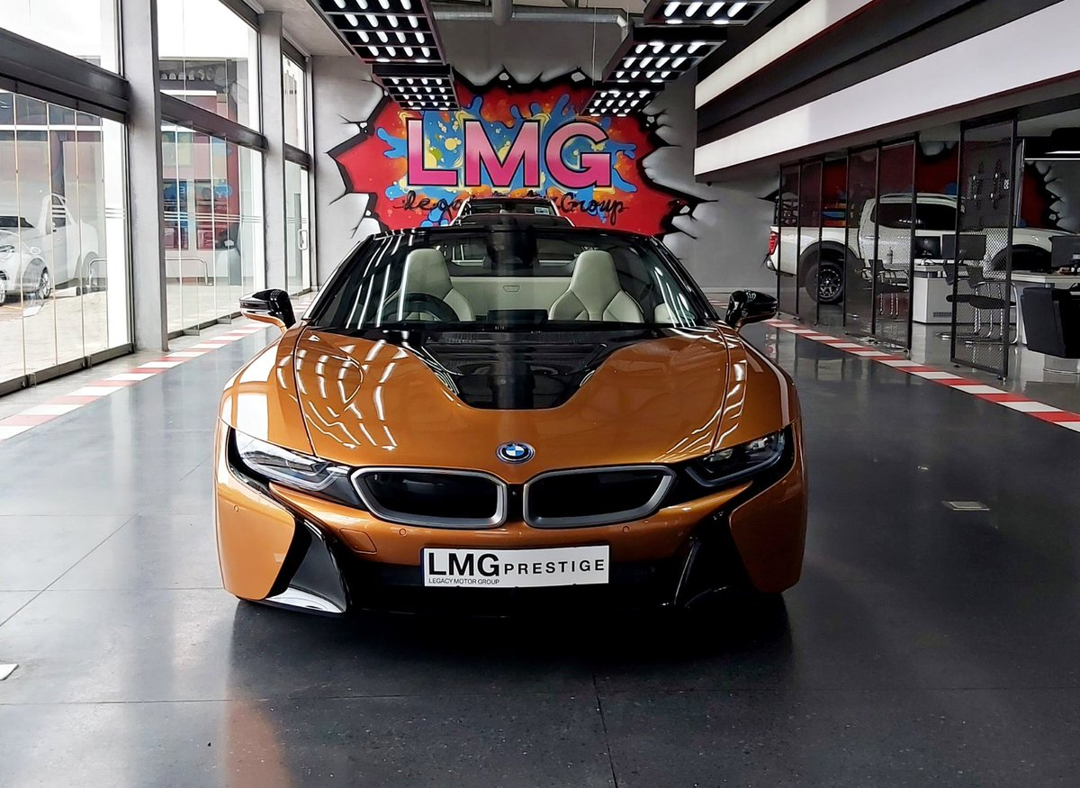 An agro looking machine that is kind hearted to the environment🥇  #bmw #lmg #lmgpreowned #lmgprestige #legacymotorgroup #bmwi8