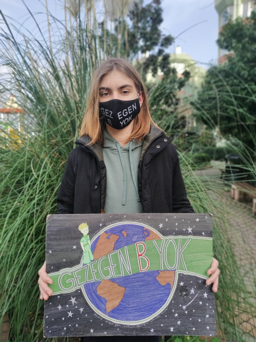While time's runningout our government continues their inaction for climate. In the middle of winter, we are facing droughtin Istanbul and some other major cities. This is not acceptable. #FaceTheClimateEmergency #DraughtAtOurDoor #ThereIsNoPlanetB #ActNow@GretaThunberg