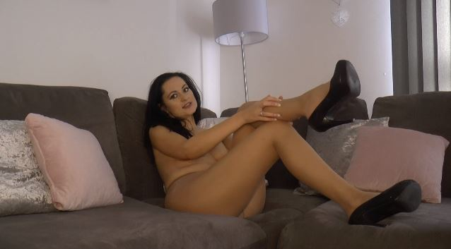 """I just added a new clip - """"Pantyhose Review cum JOI"""". Watch it at https://t.co/9jWnbhjlOS https://t."""