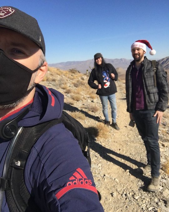 Out hiking in the desert with mates @JacobStyle_xxx, & @PennyPetalz! Be active! Explore the world! Wear