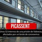 Image for the Tweet beginning: Unos 52 internos de una