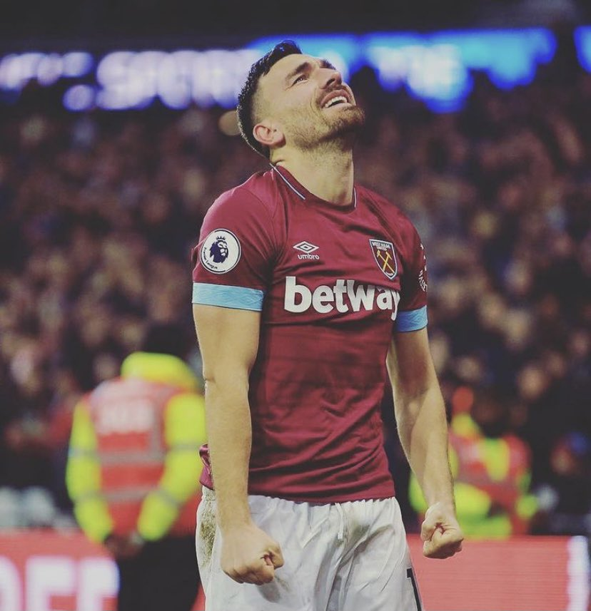 Thank you for giving me the opportunity to pull on that @westham jersey, from fans, players and staff you accepted me as one of your own and I will be forever grateful.   This club will always have a special place in my heart.  Thanks to the fans for all your support ❤️⚒ snods