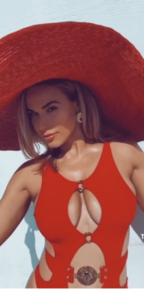 WWE Star Lana Shows Off Her Assets In Latest Social Media Pictures 6