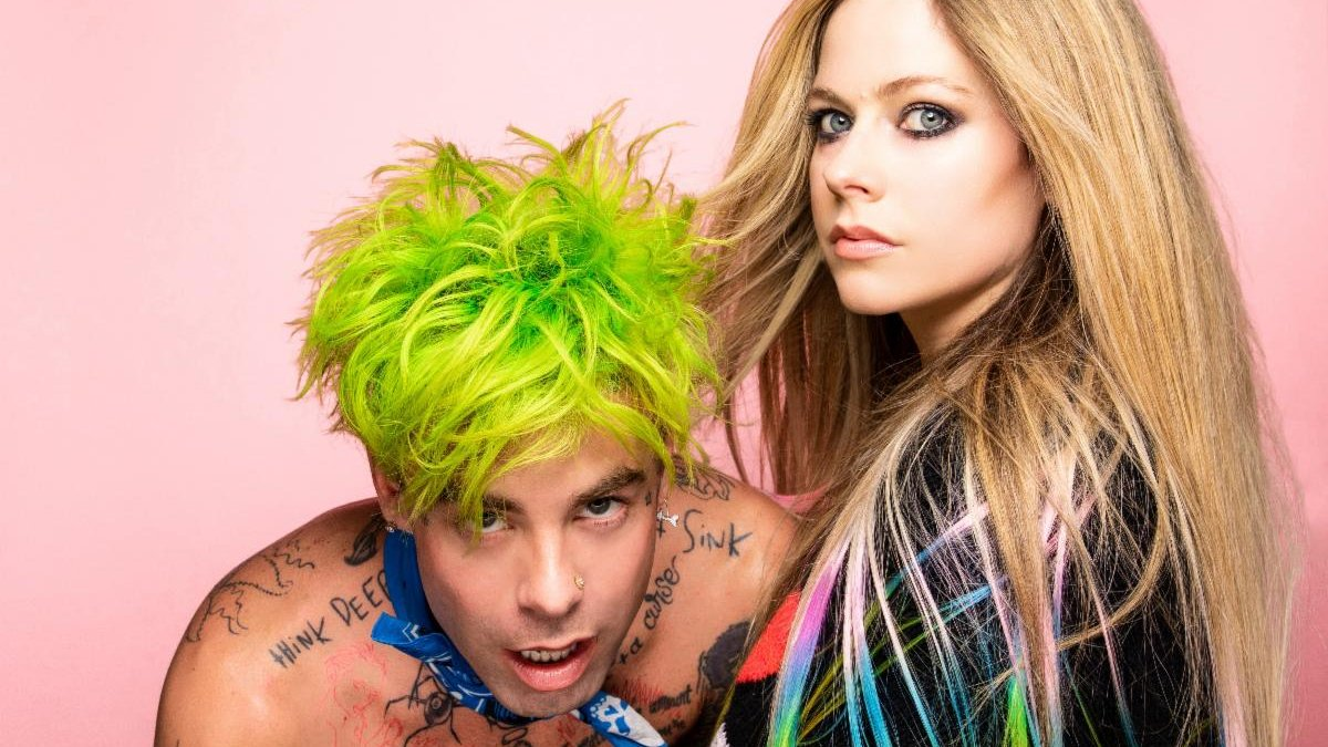 "Replying to @thenoise: Hear @AvrilLavigne team up with @ModSun for emotional duet ""Flames"""