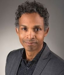 """Prof. David Chariandy will be presenting a free online lecture, """"Where Are You (Really) From?"""", as part of @CS_SFU's Identity & Citizenship Conversation Series.   Learn more and register for this insightful webinar on Sat. Jan. 23rd (11:30 am):  #sfuenglish"""