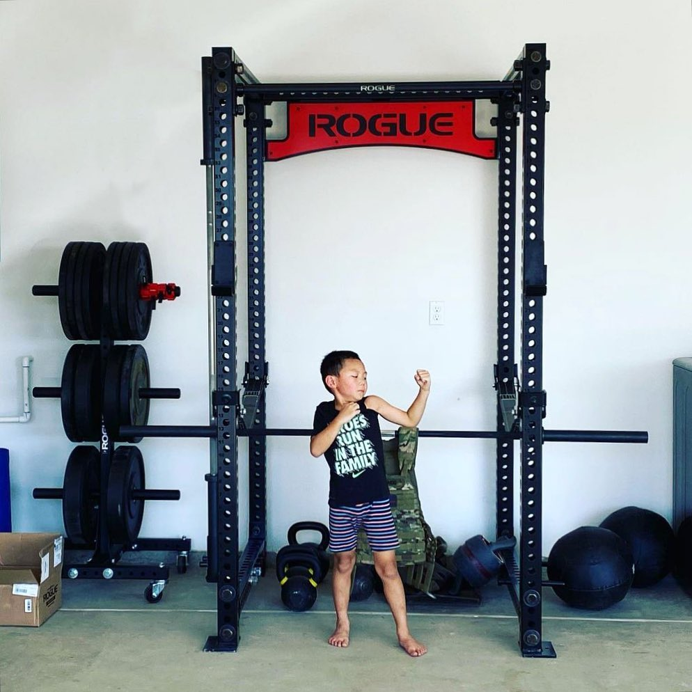 When you get done putting together the home gym, it's time to flex. #repost   RM-4:   Photo: Seijin Garrido