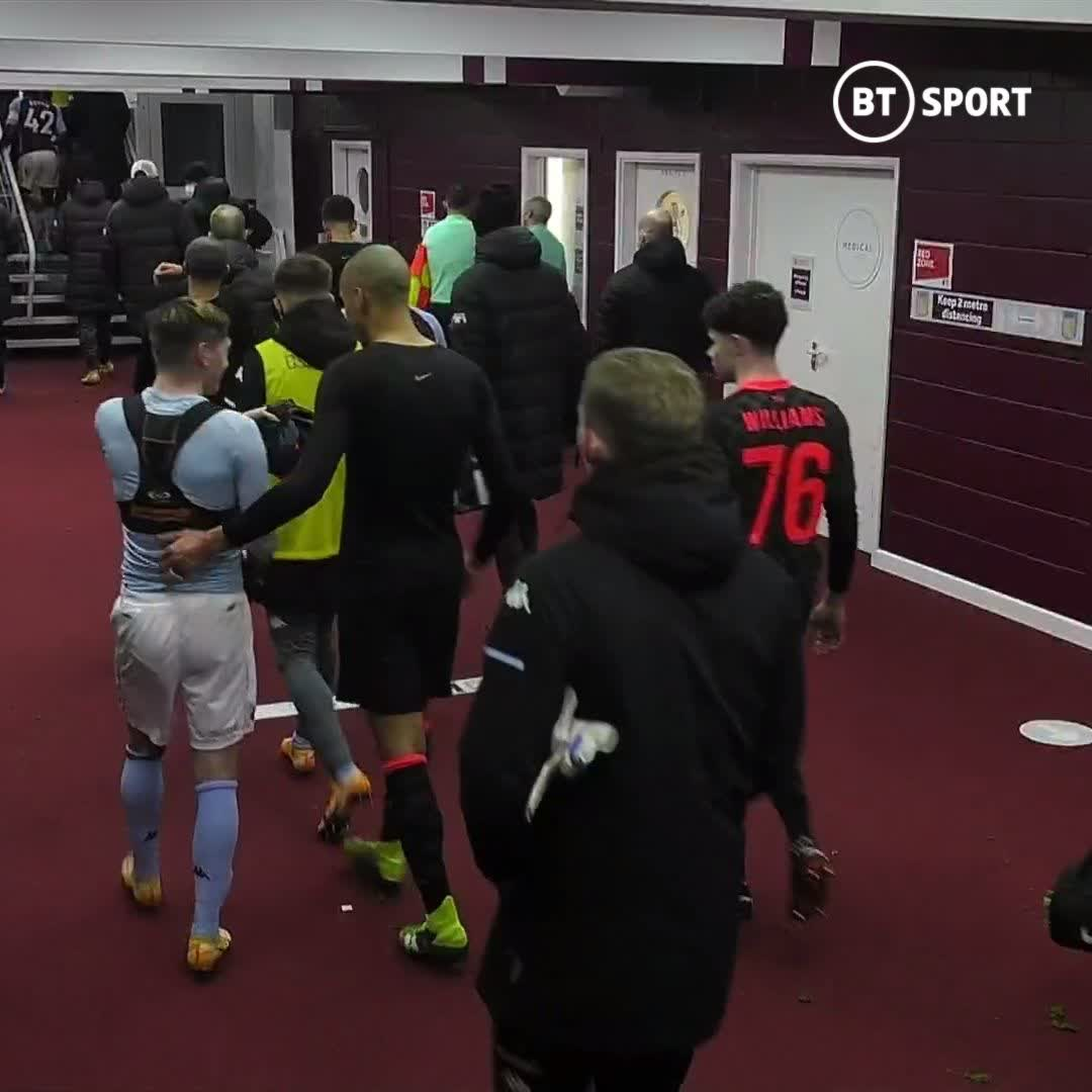 This is amazing 😂  Louie Barry swapped shirts with Fabinho, but after a word with a member of Villa staff, chased him down the tunnel to ask for it back!  Now he's got Fabinho's shirt, and his debut shirt 🤝  #EmiratesFACup