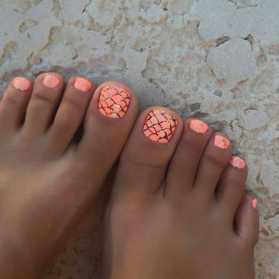 #toes Orange toes, how do you like them? wanna suck them? ;) https://t.co/kRFY1yMbP9